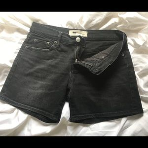 Gap Shorts Size 25